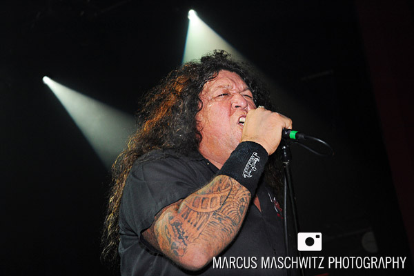 testament-shepherdsbush-05