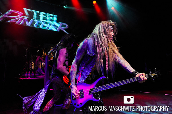 steel-panther-shepherdsbush-11