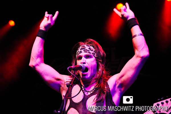 steel-panther-shepherdsbush-17